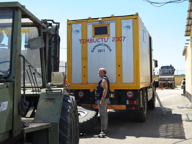 truck4x4 Adventure Iveco ACM 90