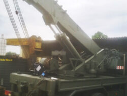 truck industria gru-Isoli-M180-6x6-cippatore