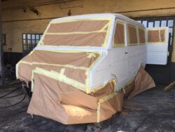 Iveco Turbo Daily 4x4 preparazione alla verniciatura