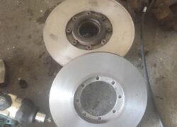 WM90 smontaggio componenti impianto frenante2
