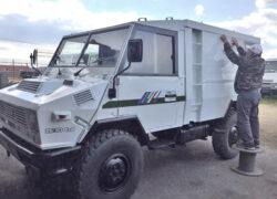 WM 90 finiture veicolo con adesivi